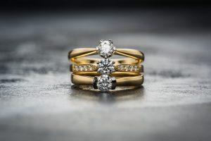 złote pierścionki sklep z biżuterią